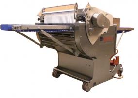 Mudel 702A Automaatne kamara, sidekoe ja rasvakihi eemaldamise masin